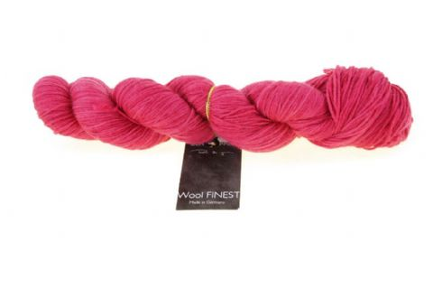 WOOL FINEST Ultra Red